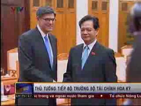 U.S. Treasury Secretary Jacob J. Lew visits Hanoi