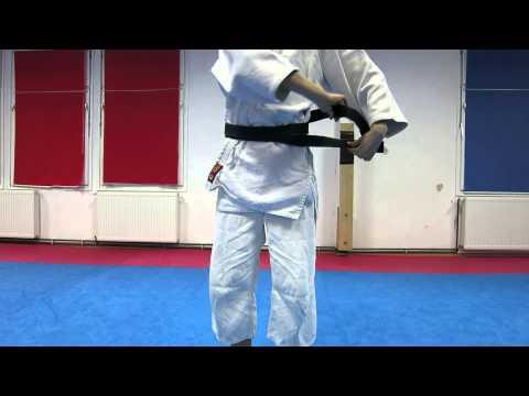 Vezivanje aikido pojasa