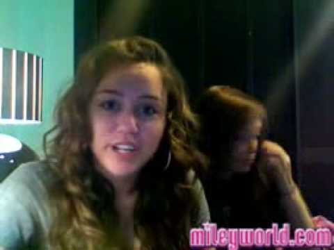 MileyWorld - Miley Talks Rumors (She talks about Jonas Brothers and Demi!)