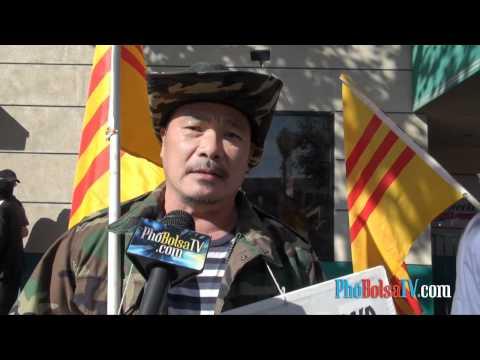 Phóng sự đặc biệt về cuộc biểu tình chống tuần báo Việt Weekly (phần 1)