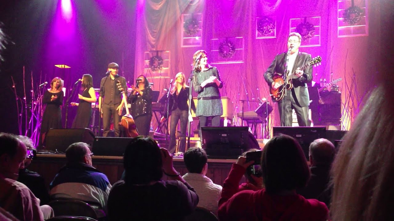 Amy Grant and Vince Gill -- Christmas at the Ryman 2012 - YouTube