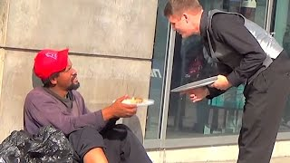 This Waiter Serves Dinners To Homeless People!