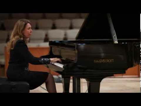 Ravenscroft Piano played by Donna Marie Hartley performing Debussy's Clair de Lune