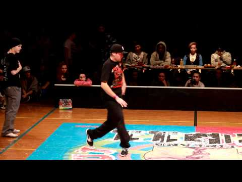 Kaczorex & Lipskee vs. Taimaz and Milad @ Juste Debout 2011, Finland, Popping Final