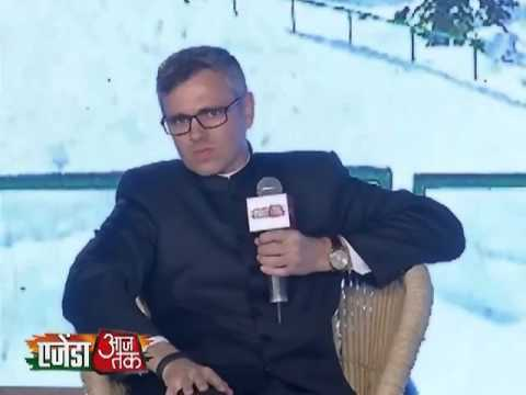 Agenda Aaj Tak 2013:Omar Abdullah asked Vijay Jolly- Who are you..?