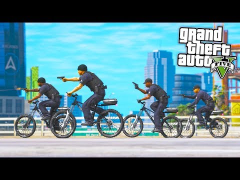 I replaced ALL COP CARS with BIKES *FUNNY*!! (GTA 5 Mods - Evade Gameplay)