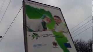 Panouri periculoase cu reclamă plătită de ONU & UE