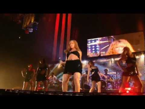 Crazy In Love Live @ Madison Square Garden - Beyoncé (feat. Jay-Z) (HD)
