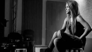 Shakira - Interview - Live Walmart Soundcheck