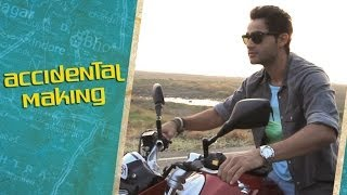 Cardboard Hero from Lekar Hum Deewana Dil - Accidental Making