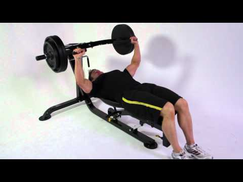 Bodybuilding - Rob Riches Chest & Triceps Workout on Powertec Workbench Multipress & Lat Machine