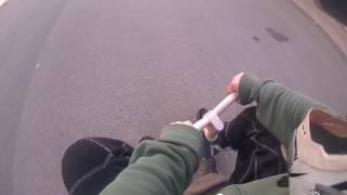 Haciendo tonterías con un triciclo