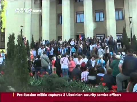 Pro-Russian activists take over TV HQ in Donetsk