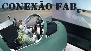 Esta edição do programa traz uma reportagem especial sobre o Exercício Carranca IV, realizado na Base Aérea de Florianópolis, que teve a finalidade de treinar os militares em operações de busca e salvamento. Além disso, você vai saber por que os simuladores de voo são uma importante ferramenta para os pilotos da FAB.