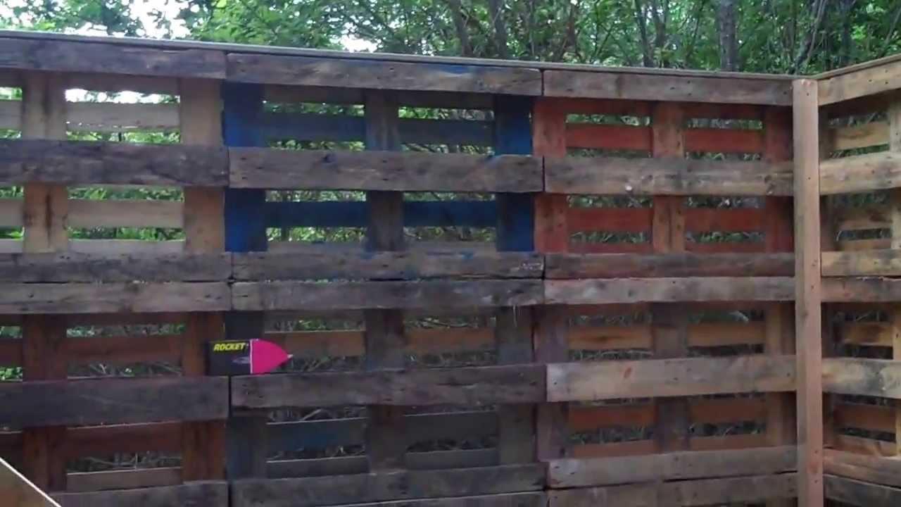 Cabane bois en palette europe youtube - Construire sa maison en palette ...