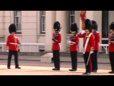 Buckingham Palace Guard Dismount - 17 April 2014