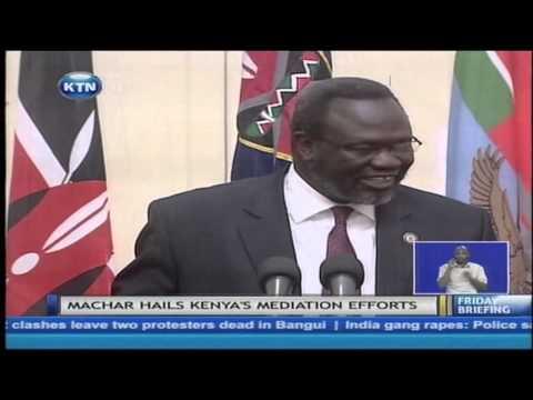 Uhuru Kenyatta meets Southern Sudan's former vice president Riek Machar
