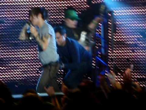 Fall Out Boy - Saturday - Adam T. Siska - 12-16-08 Nokia Theatre