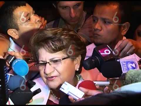 Aeropuerto de El Salvador recibió al naufrago Jose Salvador Alvarenga @angela_tcs