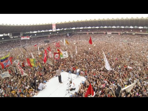 Joko Widodo Salutes Supporters on Final Campaign Day