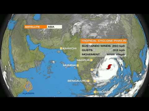 Powerful cyclone set to hit India's eastern coast