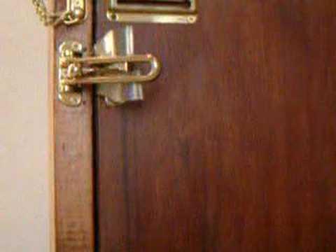 hotel door latch not safe youtube