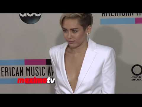 Miley Cyrus 2013 American Music Awards Red Carpet - AMAs 2013