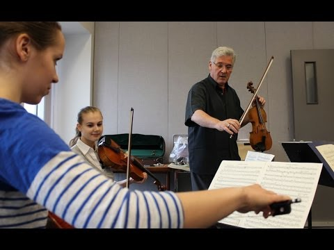 Masterclass with Pinchas Zukernan at the Summer Music Institute