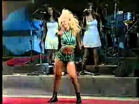 É o Tchan  (Gera Samba ) Dança do BumBum Ao Vivo em salvador 1996