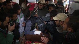 تشييع ثلاثة عمال فلسطينيين قضوا اختناقا داخل نفق في رفح |