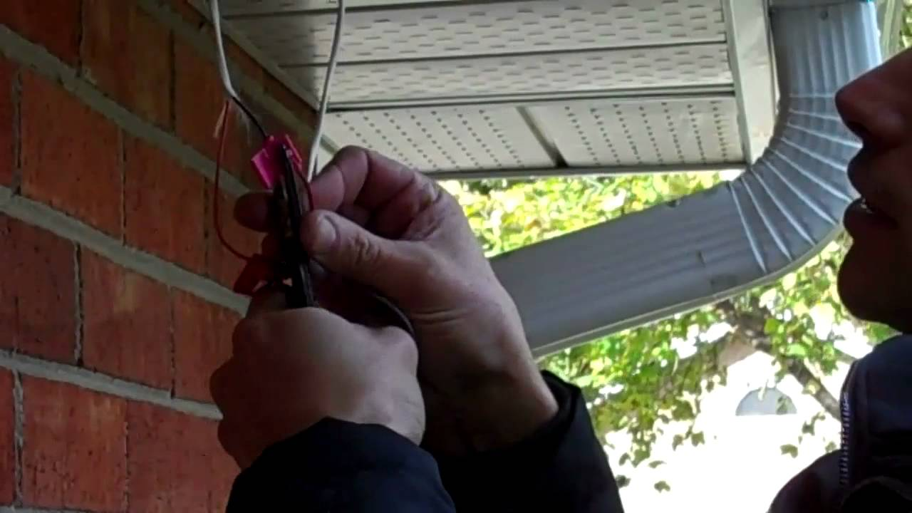 Wiring A Led Recessed Soffit Light Youtube