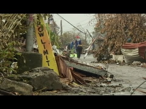 Victims of Typhoon Haiyan in the Philippines Desperate for Assistance