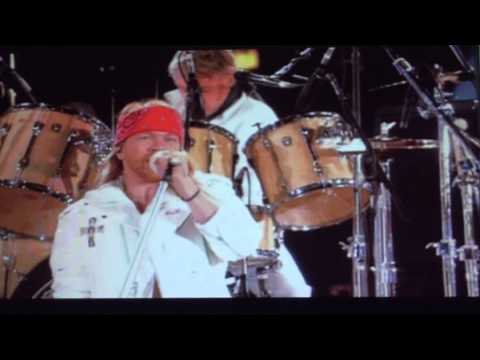 AXL ROSE + QUUEN ; WE WILL ROCK YOU...LIVE WEMBLEY NEW (HD))