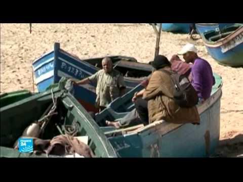 معاناة صيادي الأسماك