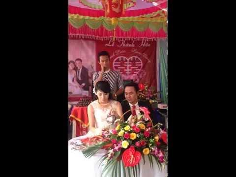 Đám cưới chị gái Hương Giang và anh rể Thành Luân