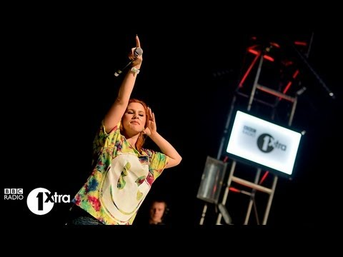 Katy B-Lights On (Live @ BBC Radio 1's Big Weekend, 2013)