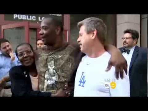 image vidéo Déclaré innocent, Kash Delano Register  a été liberé après 34 ans en prison