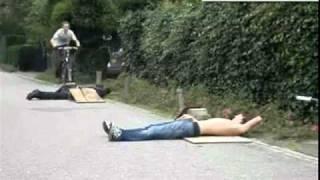 Truco de bicicleta sale mal