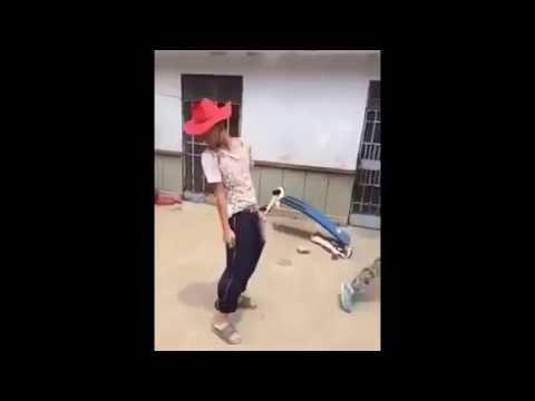 thanh niên nghịch ngu vãi ♦  đốt pháo trong đũng quần ● clip hot vui hay 2016