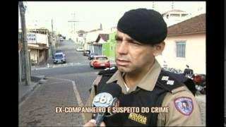 Mulher � morta na porta de casa em Pouso Alegre