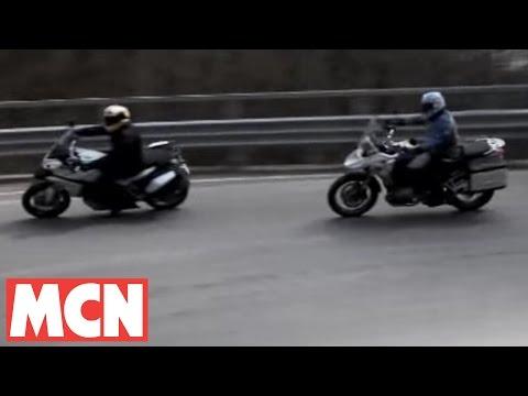Hình ảnh trong video Ducati Multistrada 1200 v BMW GS