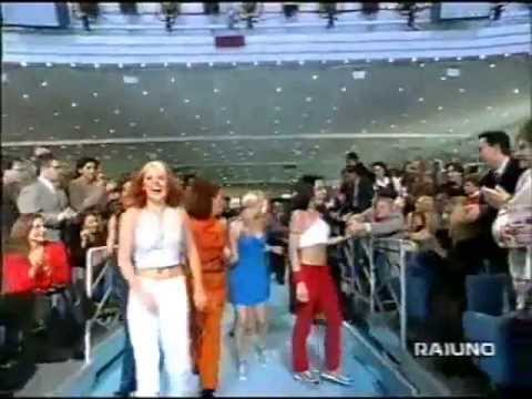 Crazy fan attacks - Emma Bunton, Lady Gaga, Britney Spears, Princess Diana, Michael Jackson