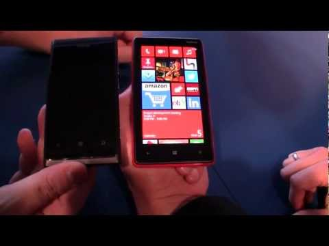 Nokia Lumia 800 vs Nokia Lumia 820 - Comparison
