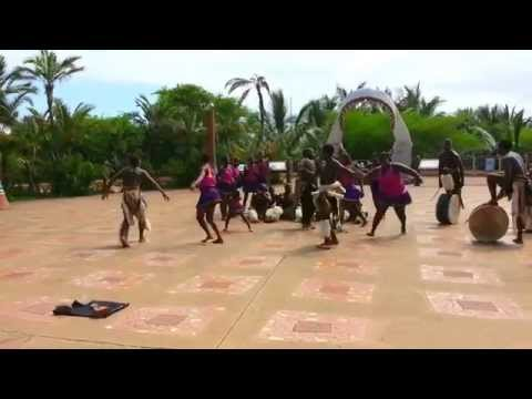 Zulu dance in Marine world