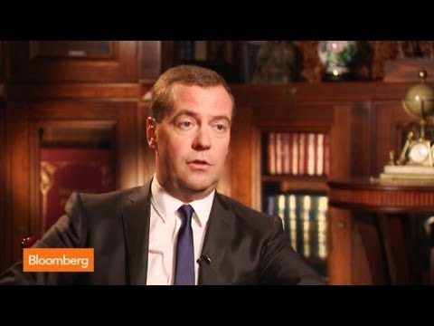 Medvedev: U.S. Sanctions a Dead End, No One Wins