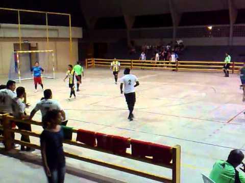 Será FC 2 x 0 Time de Caio (27/04/11)  - parte (1/2)