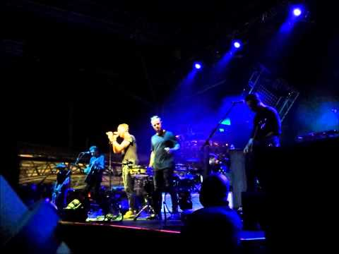 One Republic - Burning bridges (Acoustic) Live in Singapore 2k13