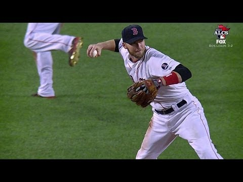 ALCS Gm6: Drew dives, throws to keep run off board