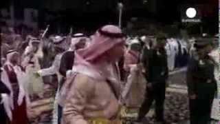 الأمير تشارلز يؤدّي رقصة عربية تّقليديّة رائعة | قنوات أخرى