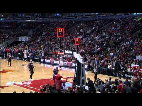 Luol Deng Sinks the Buzzer-Beater from Half Court